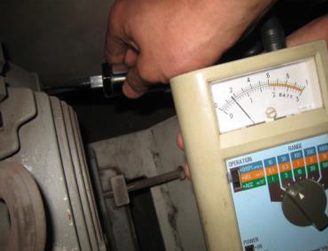 水平方向の振動測定